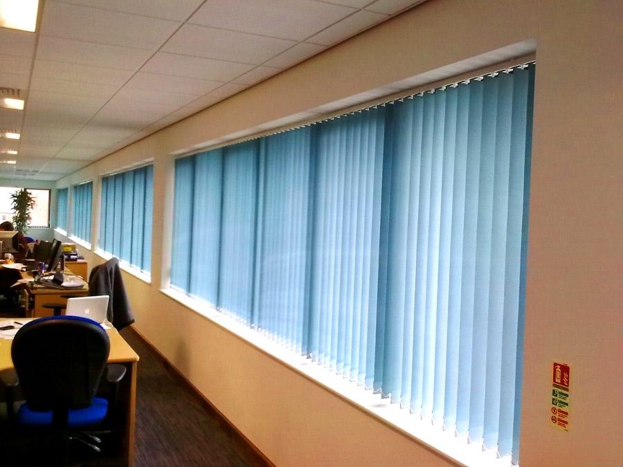 Gorden Jendela Untuk Kantor