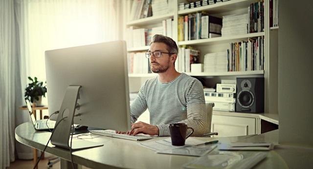 5 Barang yang Wajib Dimiliki Bagi Kamu Pekerja Remote